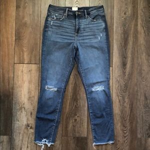Universal Thread Distressed Skinny Jeans